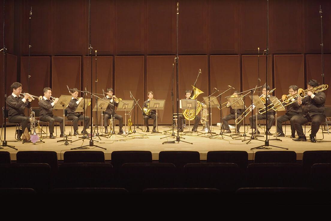 Chris Hazell: Three Brass Cats III. Borage